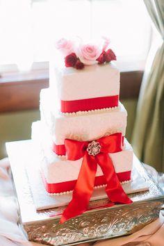 Red-ribbon wedding cake
