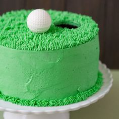 Chocolate Stout Cake with Dulce de Leche and Vanilla Bean Buttercream: golf and beer together in one cake!  ST.PATRICKS DAY I'LL TRY THIS