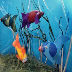 ideas for easy plastic bottle animals Kids Crafts Ocean Crafts, Fish Crafts, Plastic Bottle Crafts, Recycle Plastic Bottles, Plastic Containers, Plastic Recycling, Recycled Art Projects, Recycled Crafts, Pet Bottle