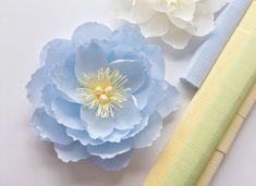 Paper Flower Patterns, Paper Flower Decor, Large Paper Flowers, Tissue Paper Flowers, Paper Flower Backdrop, Paper Flower Tutorial, Diy Flowers, Leaf Template, Flower Template