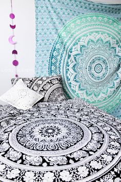 ☽ ✧ ☾ Mandala Tapestry Duvet & Pink Moon Phases Wall Hanging Decor by Lady Scorpio | Shop Now LadyScorpio101.com | @LadyScorpio101 | Photography by Stephanie Renfro @StephRenfro | Boho Bedroom Inspiration.