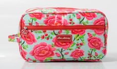 Perfect size for all you toiletries! Gusset Vanity Bag - Alexandra Sage www.gumbootsandcurls.com.au