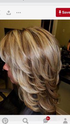 63 Medium Layered Hair Cuts For a Trendy Look Medium Layered Haircuts, Medium Hair Cuts, Short Hair Cuts, Medium Hair Styles, Curly Hair Styles, Blonde Layered Hair, Blonde Hair, Short Hair With Layers, Hair Hacks