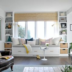 Window Seat and Built-Ins Reveal (befores, middles, and afters) - House Updated . Window Seat and Built-Ins Reveal (befores, middles, and afters) - House Updated (Diy Bench Pillow) Living Room Decor, Bedroom Decor, Living Room Windows, Living Room With Bay Window, Bench In Living Room, Sofa In Bedroom, Pastel Living Room, Pastel Room, Bedroom Loft