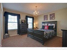 Great teen bedroom design!