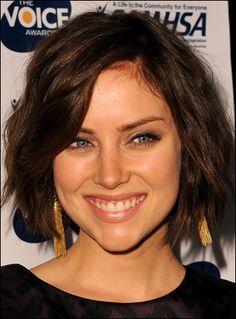 Jessica Stroup. Lovin' her hair...