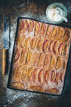 Apple and Cinnamon Tray Cake | FARMERS' MARKET LIST: apples