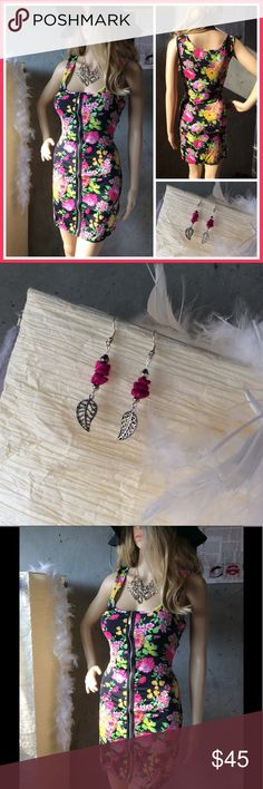 """🌺 2pc: New Summer dress & leaf dangle earrings Unique styles Very pretty large fitted summer floral mini dress. Measures about 31.5 inch long by 16.5"""" inch wide inches stretchy material. Comes with hot pink metal leaf dangle earrings. Fits large. NWOT Dresses Mini"""