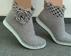 Crochet Knitting Handicraft: STYLISH boots