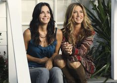 "FRIENDS"" Cast helping Friends: They are always guest stars in each other's shows. ""Cougar Town"" - Jennifer Aniston helping Courteney Cox."