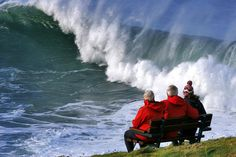 STORM WAVES | Cornwall: 'Onlookers watch the huge waves from a safe distance'     ✫ღ⊰n