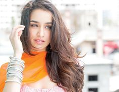 Shraddha Kapoor is an Indian Bollywood Actress and singer. She was born on 3 March She is a daughter of bollywood super Villain . Indian Bollywood Actress, Beautiful Bollywood Actress, Beautiful Indian Actress, Beautiful Actresses, Indian Actresses, Beautiful Women, Bollywood Outfits, Bollywood Couples, Bollywood Girls