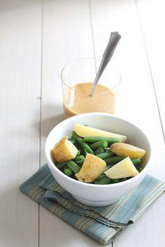 Green beans, potatoes and tahini sauce