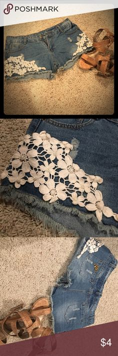 Jean Shorts With Flower and Pearl detail This girly shorts are perfect for the upcoming warm seasons  Fit like a 7/8 Shorts Jean Shorts