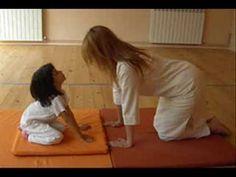 yoga y gimnasia para niños