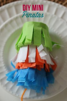 DIY Mini Pinatas from @Deanna at Mirabelle Creations