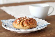 pikku murusia: Korvapuustit Pancakes, Pudding, Breakfast, Desserts, Food, Morning Coffee, Tailgate Desserts, Deserts, Custard Pudding