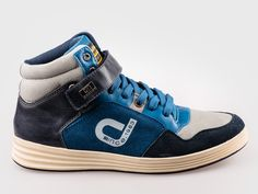 Bulldozer Sneaker aus hochwertigen Materialien gefertigt. http://luxustreter.com/?product=750884-bulldozer-sneaker-blau