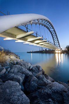 Humber Bay Arch Bridge,Toronto, 1994, Montgomery Sisam Architects & Delcan Corp (bridge engineers)