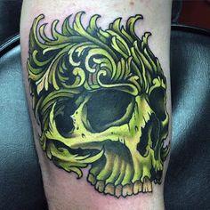 cráneo verde para hombre de filigrana tatuajes del brazo