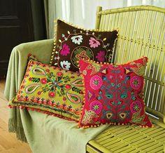 embroidered pillows - Hledat Googlem