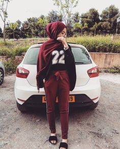You just ouchere lookin cute huh? Modern Hijab Fashion, Street Hijab Fashion, Hijab Fashion Inspiration, Muslim Fashion, Modest Fashion, Hijab Style, Hijab Chic, Turban Style, Ootd Hijab
