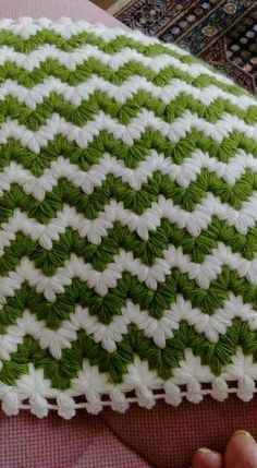Diy Crafts - This Pin was discovered by Hat Crochet Baby Dress Pattern, Crochet Flower Tutorial, Crochet Flower Patterns, Crochet Stitches Patterns, Baby Knitting Patterns, Baby Blanket Crochet, Crochet Designs, Crochet Flowers, Puff Stitch Crochet