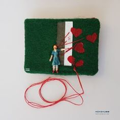 SOLD #5 Pleurt op! – Shout your heartS out  minimass® TINY ART by Anne-Marie Ros .nl