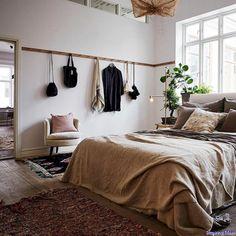 Nice 85 Beautiful Bedroom Decorating Ideas https://decorisart.com/34/85-beautiful-bedroom-decorating-ideas/