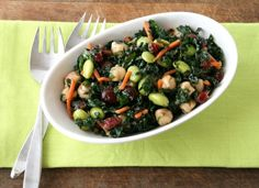 Healthy raw kale salad sweetened with cranberries and amped with edamame and chickpeas. Better than Trader Joe's Kale and Edamame Bistro Salad! Kale Recipes, Soup Recipes, Vegetarian Recipes, Cooking Recipes, Copycat Recipes, Healthy Recipes, Dinner Recipes, Vegetarian Dinners, Detox Recipes