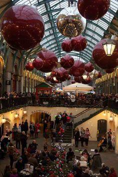 #CoventGarden during #Christmas #Londres #Noel #UK #London #ILoveLondon