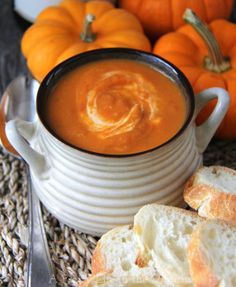 Roasted-Tomato-and-Pumpkin-Soup-a{A-Pretty-Life}