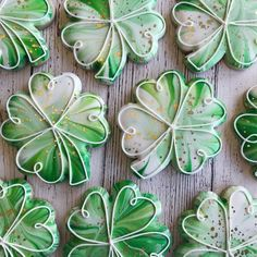Patrick's Day cookies are a great dessert and even decoration idea when celebrating St. St Patrick's Day Cookies, Cut Out Cookies, Iced Cookies, Royal Icing Cookies, Easter Cookies, Cookies Et Biscuits, Holiday Cookies, Sugar Cookies, Irish Cookies