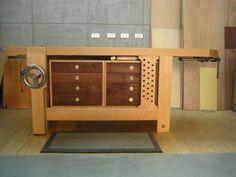 Tim's hybrid Roubo workbench - Shop Tours - Fine Woodworking