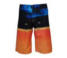 ce3c4248ebaf2 As Bermudas Quiksilver Tactel possuem um design confortável perfeito para  serem usados em dias quentes e