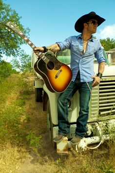 Aaron Pritchett - Hold my beer while I kiss your girlfriend! Country Music Artists, Country Singers, Richard Rawlings, Album Of The Year, Country Men, Your Girlfriends, How To Look Better, Guys, Celebrities