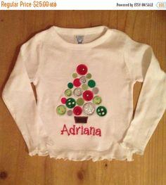 01b4c2c9f2d3a EN venta lunares árbol de Navidad camiseta o por ScrapHappyTutus Suéteres  De Navidad