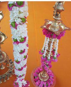 Kuthu vilakku decoration Diwali Decorations, Stage Decorations, Indian Wedding Decorations, Festival Decorations, Flower Decorations, Gate Decoration, Housewarming Decorations, Wedding Mandap, Garland Wedding