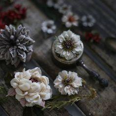 #플라워케이크#Koreariceflowercake#beanpasteflower#あんこフラワーケーキ#あんこケーキ#butterflowercake#christmas#앙금꽃케이크 #cakedesign#flowers#cakehouse&Lim #flowercookiecake #앙금플라워케이크#weddingcake#cakedecorating #米糕#韩国米糕#美食#杯子蛋糕#鲜花蛋糕#点心#甜点#beanpasteflower #フラワーケーキ#バターフラワーケーキ #韩国#裱花#豆沙裱花#韩式裱花#玫瑰#韩国裱花老师