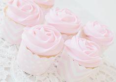 Imagem de cupcake, pink, and cake