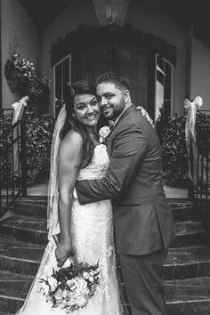 Navy & Gold wedding, hints of peach, bridal makeup, grey groom and groomsmen. Heritage Gardens UT wedding
