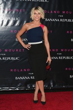 Pin for Later: We've Found the Chicest Way to End the Week Julianne Hough Julianne Hough at the Roland Mouret for Banana Republic collection launch event.