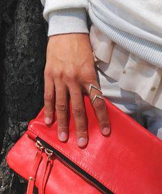 http://www.sarah-jewels.com/producto/pointe-puntas-plata-rugoso/