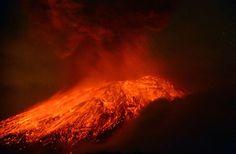 Popocatepetl volcano | Lava pours out of Mexico's Popocatepetl volcano, as seen from Cholula ...