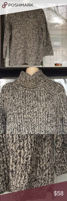 Madewell turtleneck sweater Worn once 50%wool 50% acrylic Madewell Sweaters Cowl & Turtlenecks