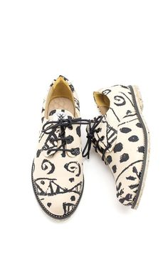 Flat lace-up shoes | Drawing graphic design | Footwear | Scribble | Black and white | Insecta