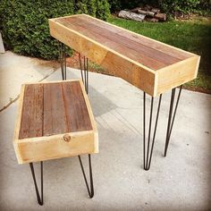 Just finished a matching console and end table set recently. Reclaimed barn wood with hairpin legs. Message us for pricing - they are still available!!! _ _ _ #LLC #legacy #reclaimed #barnwood #interiordesign #furniture #woodworking #handcrafted  #oldwood #reclaimedwood #design #hairpin #custom #sustainable #wood #vintage #antique #salvagedwood #salvaged #handcrafted #maker #bespoke #woodart #dowoodworking #woodworkforall #bestIGwoodworking #FDOI #mywworg #picoftheday