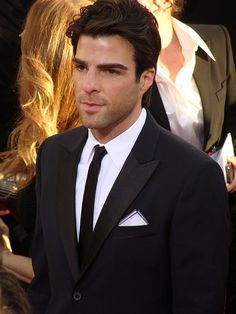 Zachary Quinto (Heroes)   Flickr - Photo Sharing!