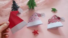 Christmas Crafts santa Christmas day will be coming, Let us try to DIY Christmas hat today! Save it! us, get more exciting and the idea! Diy Christmas Hats, Christmas Store, Noel Christmas, Christmas Crafts For Kids, Christmas Projects, Holiday Crafts, Christmas Ornaments, Christmas Decorations Diy Crafts, Origami Christmas