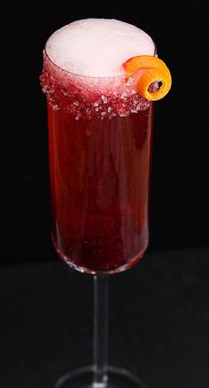 Cranberry and Grand Marnier Champagne Cocktail | Holiday or New Year Eve drink